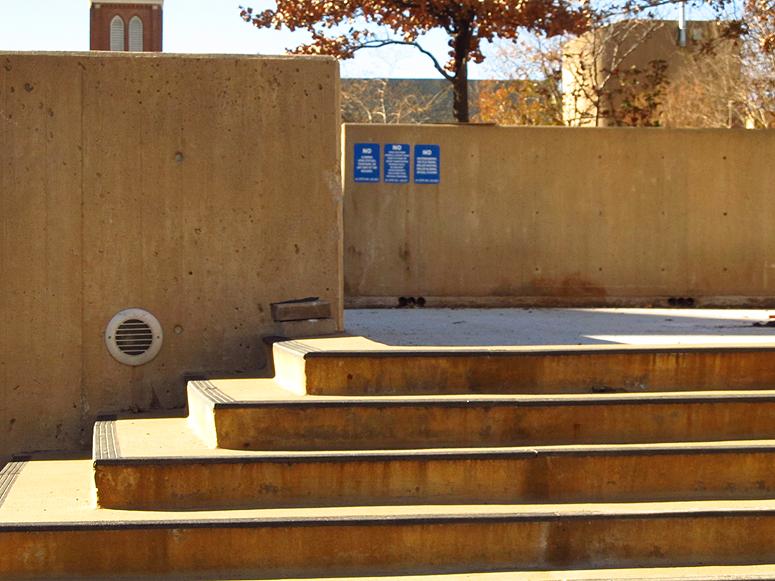 2012 12 16 OKC Murrah stairs